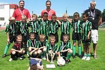Na snímku jsou vítězové  krajského finále mladších přípravek, tým Okuly Nýrska.