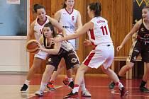 Basketbal, liga juniorek U19: BK Klatovy - HB Basket Praha