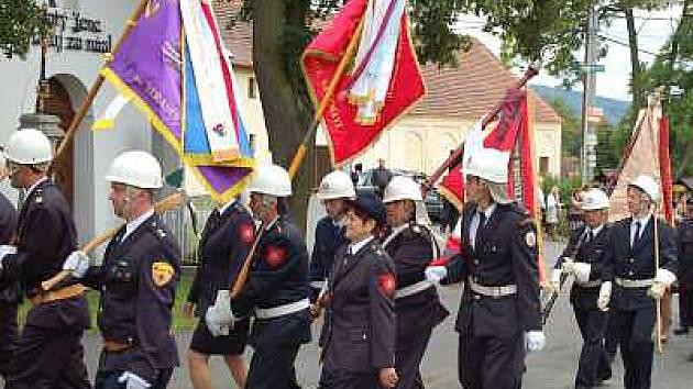 Okresní hasičská slavnost a sraz rodáků v Čejkovech