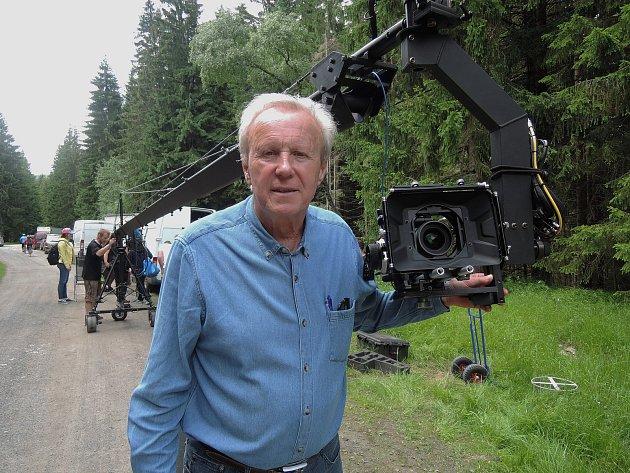 Režisér Policie Modrava Jaroslav Soukup v akci.