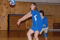 Všechna čtyři utkání krajského přeboru vyhráli volejbaloví kadeti TJ Klatovy.