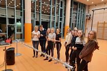 Koledy si zazpívali i žáci Tanečního a pěveckého oboru ZUŠ J. Kličky Klatovy se svými pedagogy.