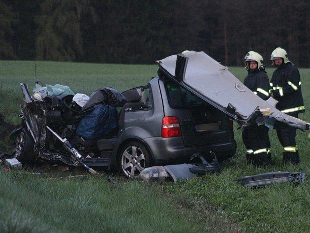 Tragická dopravní nehoda mezi Zavlekovem a Nalžovskými Horami