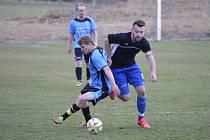 Ze zápasu Chudenice (hráč vpravo) a Malý Bor.