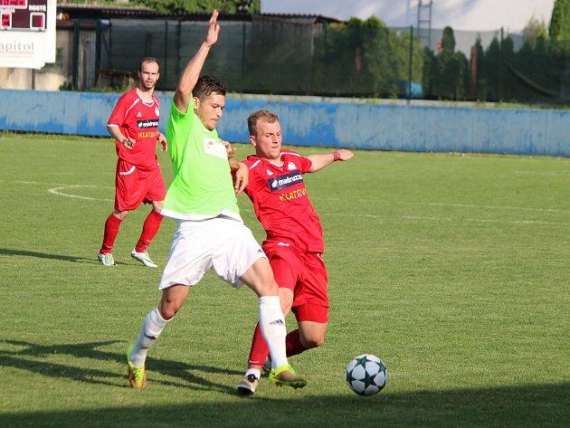 Divize 2016/2017: Klatovy (červené dresy) - Čížová 1:4
