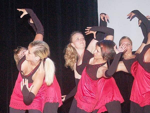 Kulturní dům patřil tanci, divadlu i zpěvu