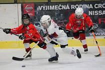 Turnaj 2. tříd: HC Klatovy (bílé dresy) - HC Čerti Ostrov 14:2