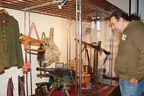 Výstava Klatovsko pod útlakem nacismu přilákala k návštěvě i Miroslava Melku.