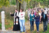 Křížová cesta ve Skelné Huti