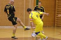 Celostátní futsalová liga Trivel Klatovy (ž) - Bombarďáci Větřní 6:1.