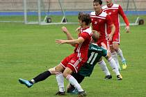 Sušice (na archivním snímku hráči v zelených dresech) potrápila plzeňský Petřín (v červeném).