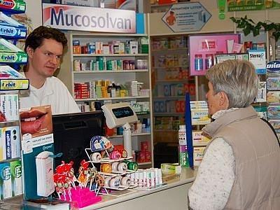 Za některé léky zaplatíme víc.