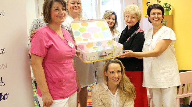 Zahájení projektu Život v Kufříku v Klatovské nemocnici.