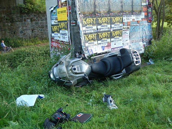 Nehoda motorkáře u Švihova