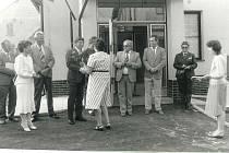 Otevření pošty v roce 1989.
