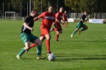 10. kolo I. A třídy: FC Rokycany B - Sokol Mochtín (červení) 1:0