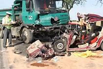 Tragická dopravní nehoda u Lomce