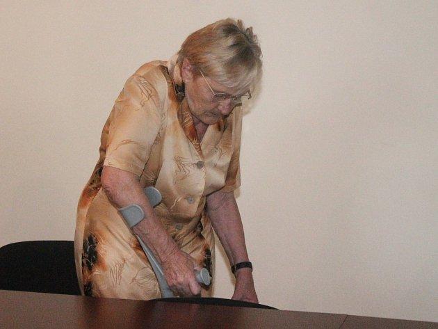 Alena Kostrbová před soudem
