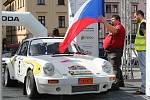 Na klatovském náměstí v pátek odpoledne odstartovaly 27. Historic Vltava Rallye a 4. Rallye Šumava Legend.