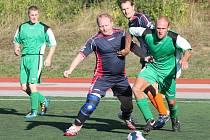 Open liga II. liga Geroj Klatovy - Tady a teď Nýrsko (v zeleném) 3:1.