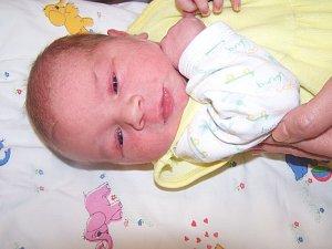Jiří Baroch z Klatov (3630 g, 49 cm) se narodil v Klatovech 6. listopadu ve 12 hodin. Rodiče Olga a Ondřej si nechali pohlaví prvorozeného miminka jako překvapení na porodní sál.