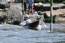 Třináctiletá Antonie Galušková je další tedražickou hvězdou vodního slalomu.