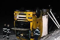 Nehoda kamionu u Čachrova