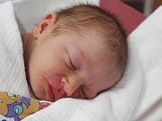 Tadeáš Pech z Klatov (3520 g) se narodil v klatovské porodnici 8. června v 9.13 hodin. Rodiče Dagmar a Karel přivítali prvorozeného očekávaného syna na světě společně.