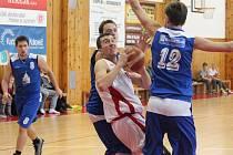 Druhá liga mužů: BK Klatovy (bílé dresy) - Basketbal Jiskra Domažlice 77:73