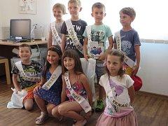 Děti ze ZŠ Dolany byly pasovány na rytíře řádu čtení.
