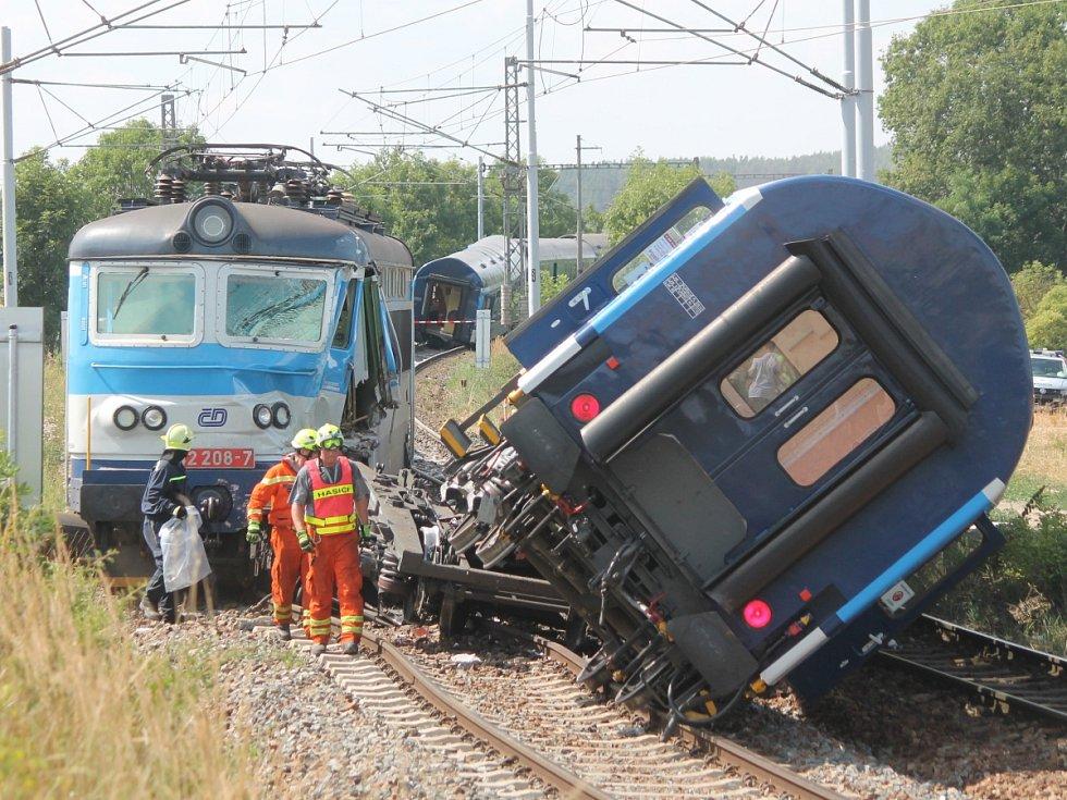 Srážka dvou vlaků u Horažďovic.