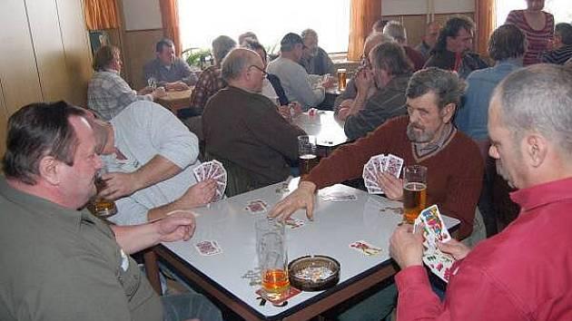 Mariášový turnaj ve Velkém Boru