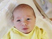 Nela Hrubá zBezděkova (3140 g, 50 cm) se narodila vklatovské porodnici  10. září  v5.30 hodin. Znarození dcery se radují rodiče Andrea a Leoš. Že se jim narodí holčička věděli předem. Doma na ní netrpělivě čeká bráška Daník (6).