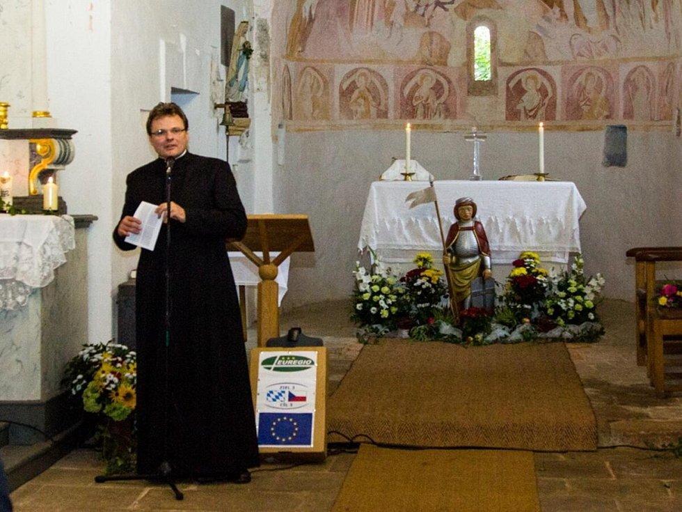 Požehnání sochy sv. Mořice na Mouřenci