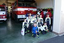 Mladí hasiči v Bezděkově.