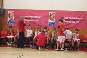 Mladí basketbalisté na úvod dvakrát zvítězili.
