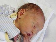 Jáchym Rada z Přeštic (3180 g, 50 cm) se narodil v klatovské porodnici 6. dubna v 7.28 hodin. Rodiče Nikola a Pavel přivítali očekávaného syna na světě společně. Na brášku doma čeká Emička (3).