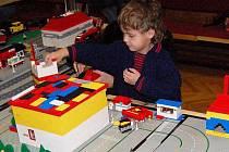 Stavba obřího Legoměsta v Klatovech
