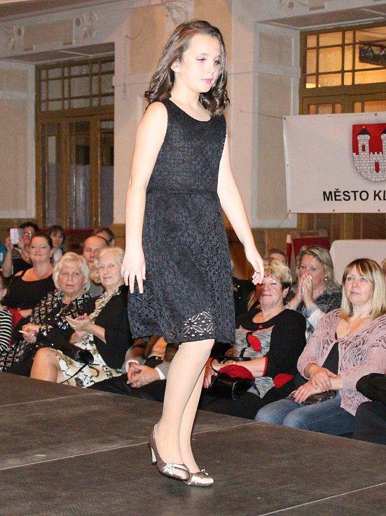 Módní show v klatovské sokolovně, pořádaná JM Models.