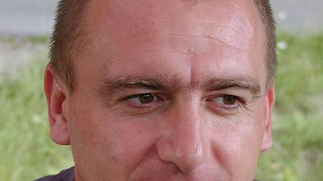 Trenér divizních fotbalistů TJ Klatovy Pavel Běloušek.