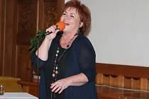 Hana Křížková zazpívala na klatovské radnici.