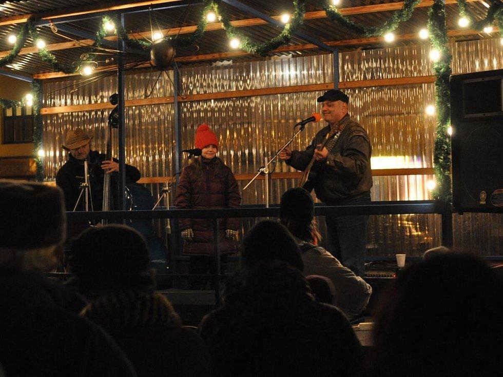 Zpívání koled v Sušici