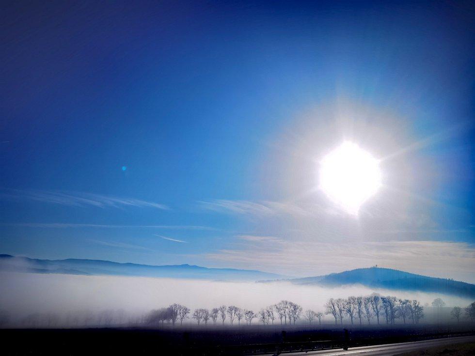 Mlha z různých koutů Plzeňského kraje.