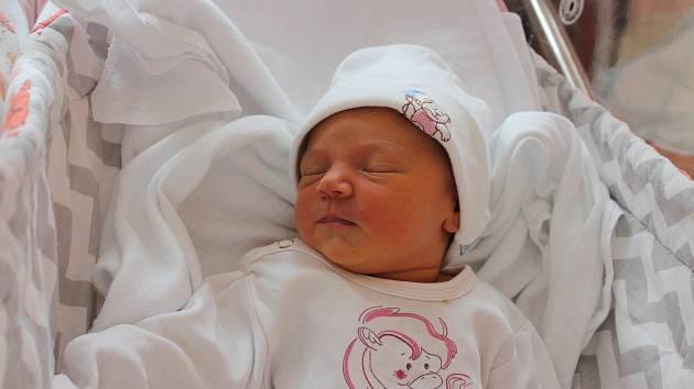 Tereza Čulíková (3252 g, 50 cm) přišla na svět 14. června v 6:10 hodin vplzeňské fakultní nemocnici. Znarození své první holčičky se raduje maminka Veronika a tatínek Vojtěch z Trnové.