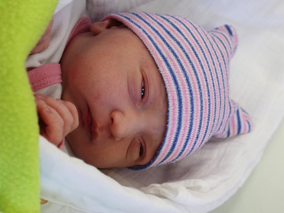 Eliška Mlezivová zLukavic se narodila vklatovské porodnici 6. září ve 22:49 hodin (3980 g, 51 cm). Pohlaví svého druhorozeného miminka věděli rodiče Zuzana a Petr dopředu. Na malou sestřičku se doma těší dvouletý Kubík.