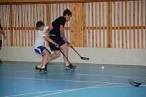 V Klatovech se hrál první ze čtyř florbalových turnajů, které pro žáky ZŠ a SŠ pořádá DDM Klatovy.