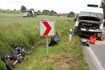 U Kokšína se srazil motocykl s dodávkou