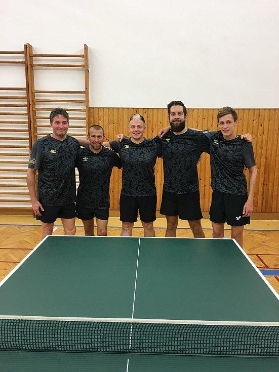 Stolní tenisté KST Klatovy.