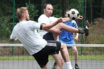 Nohejbalový turnaj trojic o putovní pohár obce Břežany 2016