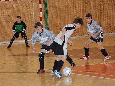 Utkání základní skupiny mezi týmy Klatovy 96 a SK Smíchov Plzeň skončilo výhrou 1:0 pro domácí, rozhodla však penalta.